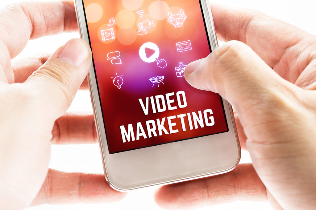 Móvil con vídeo Marketing en pantalla